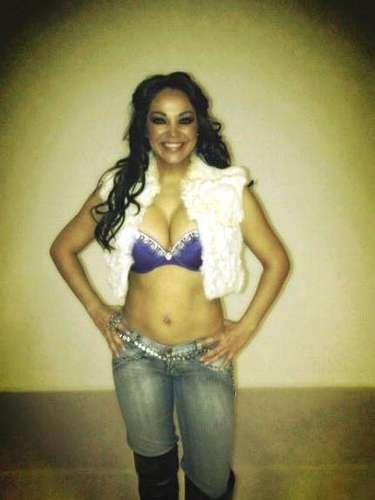 Se piensa que Loaiza conoció a Ely tiempo atrás cuando aún era esposo de Jenni Rivera y les tocó compartir la pantalla chica en 'Qué quiere la banda'