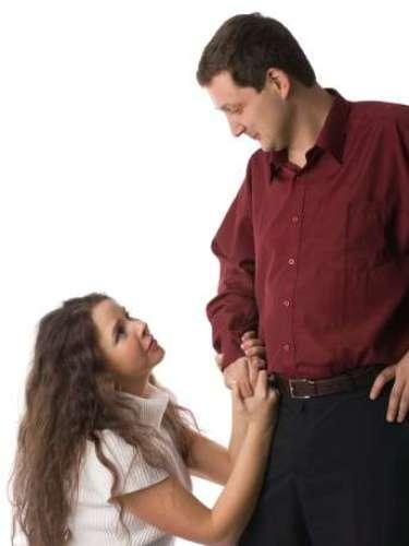 Por lo tanto conoce los signos de que una mujer te está engañando o está pensando en hacerlo, a continuación.