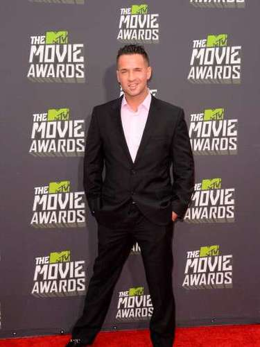 Mike 'The Situation' Sorrentino, miembro del elenco de Jersey Shore desde su debut en 2009, dejó boquiabiertas a las asistentes a la ceremonia