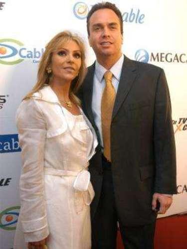 Aunque no es propiamente político, Gustavo Díaz Ordaz es nieto del expresidente Mexicano que tenía su mismo nombre y fue el elegido por la actriz Daniela Castro para que se convirtiera en su esposo a mediados del 1999.