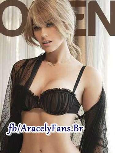 En una de las imágenes,'La Chule' aparece con el prometido conjunto de lencería color negro del que habló Alfredo Cedillo, director editorial de la revista Playboy.