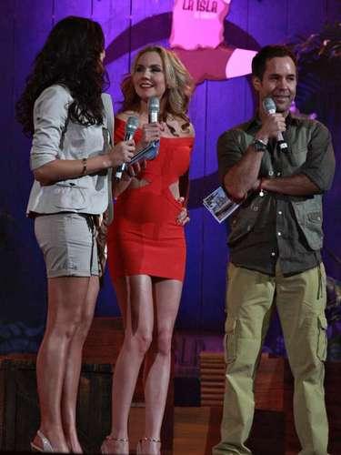 La actriz Michelle Vieth fue presentada con bombo y platillo como una de las famosas que buscan ganarse 2 millones de pesos en 'La Isla'.
