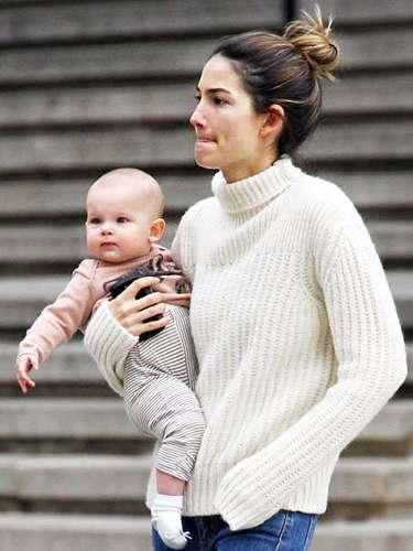 Absolutamente preciosa la bebé, de la modelo,que apenas va a cumplir un año