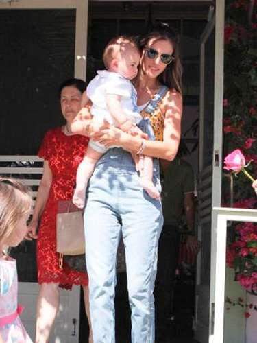 Noah Phoenix, el hijo menor y el bebé consentido de la hermosa modelo