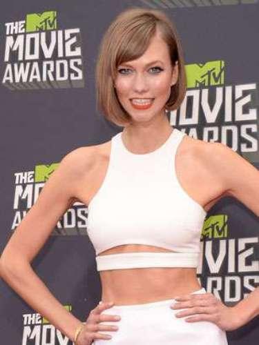 Karlie Kloss. La súper modelo deslumbra con su estilo 'Bob' irregular, convirtiéndolo en una de las tendencias más deseados de 2013.