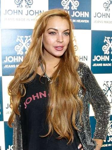 Lindsay Lohan fue sentenciada a pasar dos meses en rehabilitación por orden del juez quien la envió a una clínica para que dejara atrás sus vicios