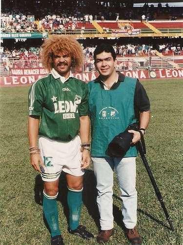 5. Brillando en Cali: En 1985 llegó al Deportivo Cali e hizo parte del gran equipo dirigido por Vladimir Popovic, junto a Álvaro \