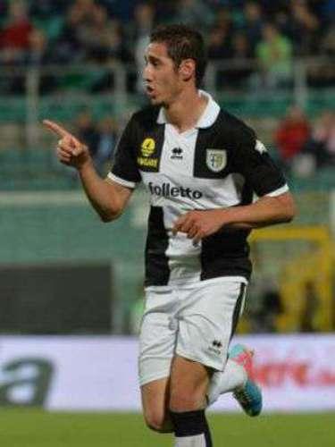 El delantero franco-argelino del Parma Ishak Belfodil firmó contrato con el Inter de Milán por las próximas cinco temporadas, hasta 2018, anunció este viernes el club lombardo.
