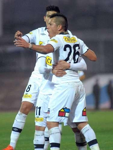 El conjunto popular mostró un sólido primer tiempo y se fue al descanso ganando por 3-0. En el complemento destacó el penal atajado por el debutante portero paraguayo Justo Villar.