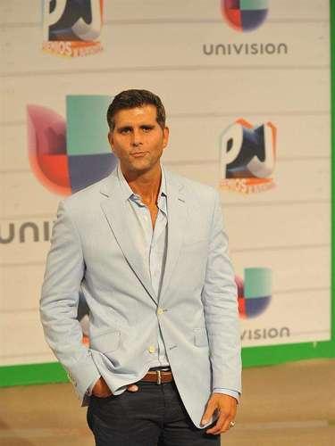 El guapísimo de Cristian Meier reapareció en la televisión gracias a los Premios Juventud 2013. ¡Qué bello!