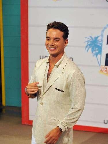 J Balvin no podía esconder su emoción y felicidad al estar en los Premios Juventud 2013.