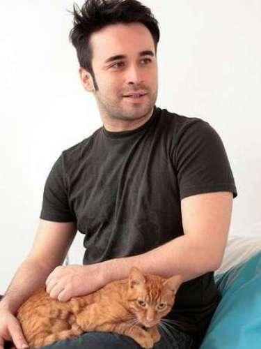 Después de su paso por la casa estudio, Mateo Ramírez ingresó al equipo de presentadores del Canal 13.