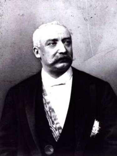 2.- EXITADO: FelixFaure (1890): fue un expresidente francés. Murió de un ataque mientras le practicaban el sexo oral en su oficina. Páginas web como Taringa y Carolina Daly, publicaron que sus últimas palabras fueron \