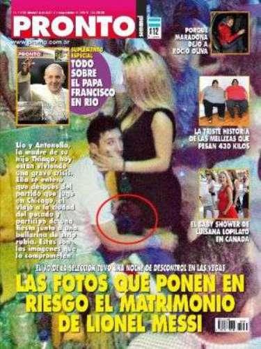 1 de Agosto -Gran escándalo se soltó después de que la revista Pronto publicara unas supuestas imágenes de Lionel Messi con una bailarina exótica. Después de un análisis a profundidad se llegó a la conclusión de que dichas fotos habían sido truqueadas con photoshop. ¡De la que se salvó el futbolista!