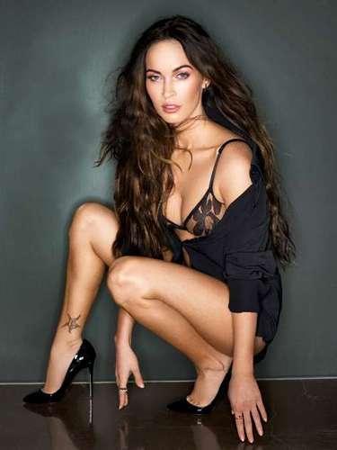 Aunque ahorita se está preparando para dar a luz a su segundo hijo,Megan Fox no puede quitarse lo sex-symbol.