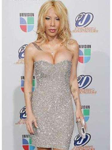 En medio de una gira de conciertos, Ivy Queen  con su pareja, el coreógrafo puertorriqueño Xavier Sánchez, de 32 años. Comenzó a sentir náuseas y al hacerse una prueba de embarazo, para la sorpresa de la cantante de 41 años, ésta ¡salió positiva!.