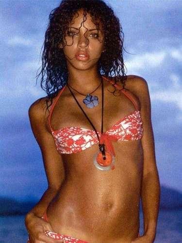 Noémie es conocida por aparecer en revistas como Elle y Sports Illustrated, además por su trabajo con Gucci, L'Oréal, Gap, Tommy Hilfiger y Victoria's Secret.
