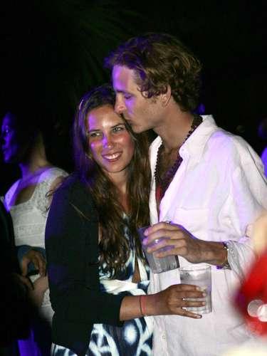 Andrea y Tatiana, representantes de la nueva jet set internacional, fueron padres el pasado mes de marzo. Viven asiduamente en Londres.
