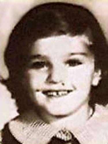 A esta niña con cara de pícara la apodaban 'Little Nonni' para distinguirla de su madre. Hoy tiene unos 50 años más que en la foto. No es otra que la grandivaMadonna.