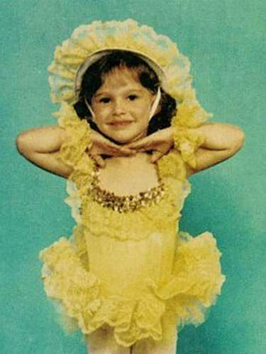 Esta florecita es Natalie Hershlag, más conocida como Natalie Portman. La actriz es israelí pero se trasladó junto a su familia a Estados Unidos cuando tan solo tenía tres años.