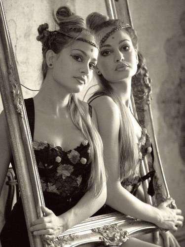 Gabriela y Mihaela Modorcea