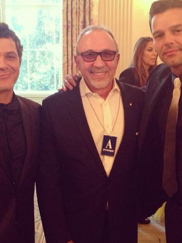 17 de Septiembre - Ricky martin compartió esta foto cuando estuvo en la Casa Blanca acompañado de Alejandro Sanz y Emilio Estefan celebrando a los hispanos.