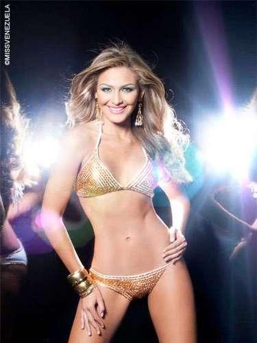 Miss Costa Oriental - Migbelis Lynette Castellanos Romero. Tiene 18años y mide 1,76 metros de estatura y su ciudad natal es Cabimas