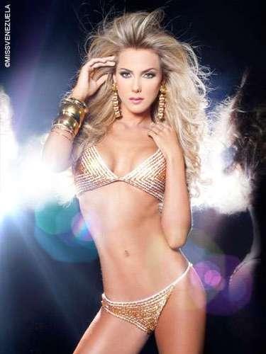 Miss Nueva Esparta - Gabriela María Graf-Stillfried Barreto. Tiene 23 años de edad, mide 1.75 metros de estatura y su ciudad natal es Caracas