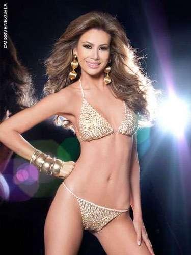 Miss Zulia - Everliany Alicia Ontiveros Medina. Tiene 20 años de edad, mide 1,78 metros y su ciudad natal es Mene Grande