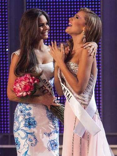 Pero esta no es su primera experiencia en el mundo de la belleza pues es un oficio que comenzó de niña cuando en 2013 resultó triunfadora del certamen Mini Reina Venezuela 2003, y allí comenzó esta carrera. También fue Miss Teen Costa Oriental 2010 y precandidata de la Feria de la Chinita 2012.