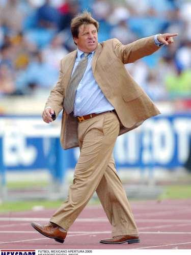 Con Rayados de Monterrey, Miguel Herrera estuvo del 2004 al 2007. Llegó a dos finales con Rayados y ambas las perdió. Ante Toluca y Pumas