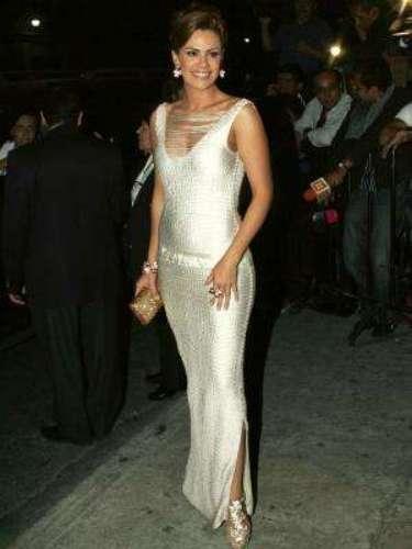 A Luz Elena González le conociamos sus atributos como actriz, pero sólo supimos lo mega 'mamacita' que está desde que posó con poca ropa para la revista 'H' de México.