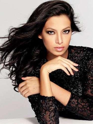 Salvaje y de mirada muy expresiva  Miss Bolivia, Alexia Laura Viruez Pictor. Tiene 19 años de edad y procede de Santa Cruz de la Sierra.