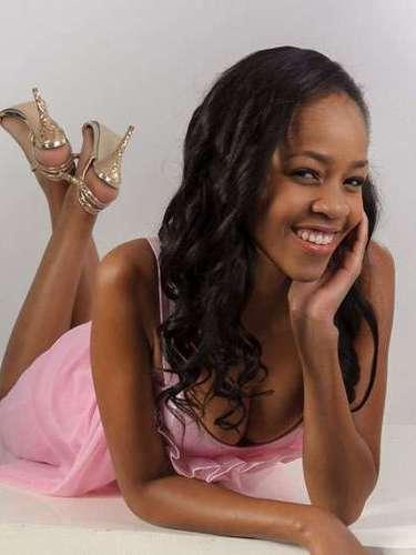 Esta inocente belleza es de Miss Botsuana, Tsaone Bibi NuNie Kagiso Macheng. Tiene 20 años de edad y reside en Gaborone.