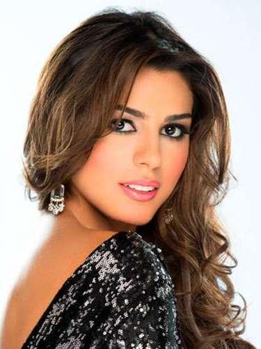 Esta trigueña de mirada penetrante es Miss Colombia, Carmen Lucía Aldana Roldán. Tiene 21 años de edad y reside en Cali.