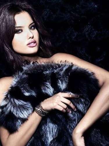 ¡Wow! Sin palabras deja la belleza de  Miss Croacia, Melita Fabei. Tiene 18 años de edad y reside en Zagreb.