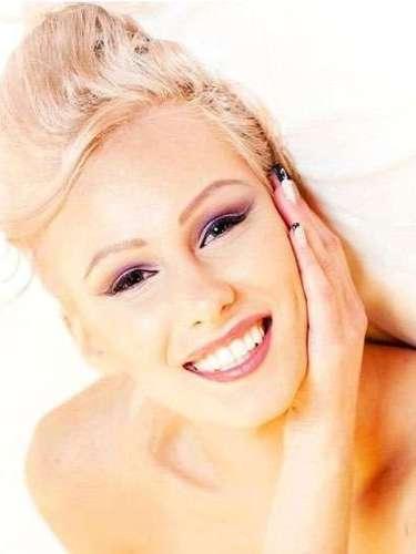 Sus ojos lo dicen todo, Miss Estonia, Kristina Karjalainen. Tiene 23 años de edad y reside en Tallin.