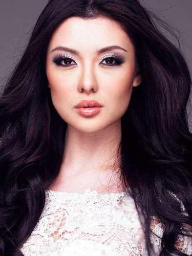 Una auténtica beldad Miss Malasia, Carey Sue Mun Ng. Tiene 23 años de edad y procede de Kuala Lumpur.