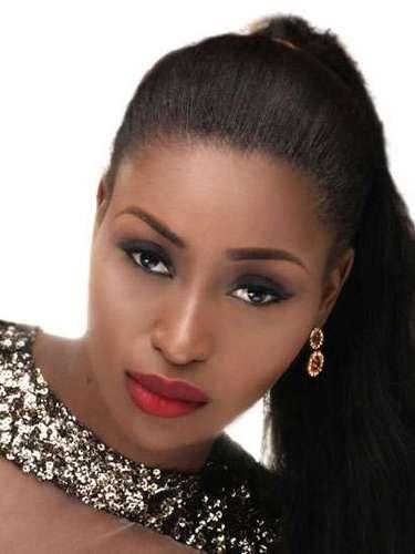 Esta diva africana es Miss Nigeria, Stephanie Okwu. Tiene 19 años de edad y procede de Imo