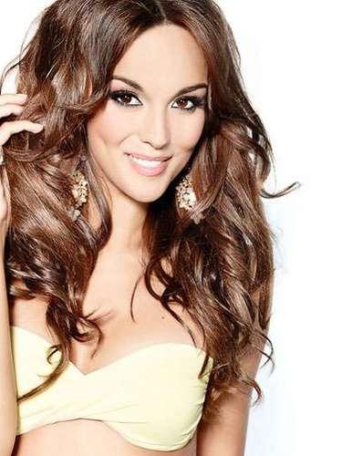 Cautivadora sonrisa la de Miss Polonia, Paulina Krupiska. Tiene 26 años de edad y reside en Varsovia.