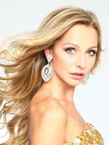 Suave como un cálido día de verano es el rostro de Miss Suecia, Sarah Alexandra Linnea Friberg. Tiene 18 años de edad y reside en Estocolmo