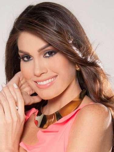 Toda una reina Miss Venezuela, María Gabriela de Jesús Ísler Morales. Tiene 25 años de edad y reside en Maracay