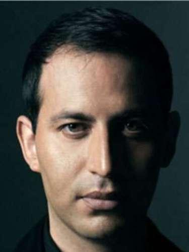 Gabriel Rivera- Barraza, el mexicano es el fundador y presidente de GRB Communications y por ende un reconocido publicista de moda.
