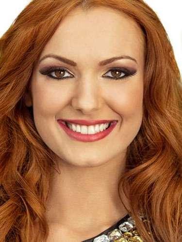 Miss Bosnia y Herzegovina - Vera Krneta, tiene 19 años de edad, mide 1.75 metros de estura (5 ft 9 in) y reside en Sarajevo.