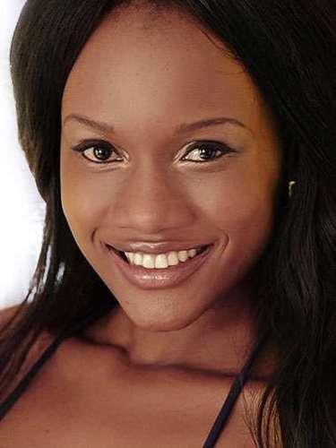 Miss Zambia - Winnie-Fredah Kabwe, tiene 23 años de edad, mide 1.74 metros de estura (5 ft 7 1/2 in)y reside en Lusaka.