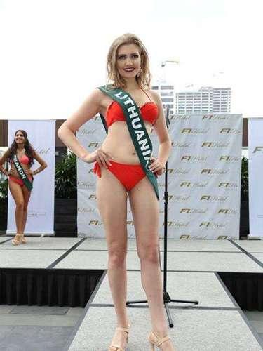 Miss Lituania - Monika Sereckyte, tiene 23 años de edad, mide 1.78 metros de estura (5 ft 9 in)y reside en Vilnius.