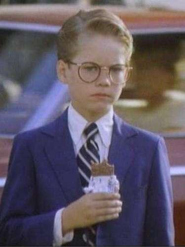 'Monster in the Closet'. En 1986, Walker debutó en el cine en esta comedia de horror protagonizada por Howard Duff y John Carradine. Allí le dio vida al profesor Bennett, un tierno niño que ayudará a resolver el problema del monstruo en el armario.