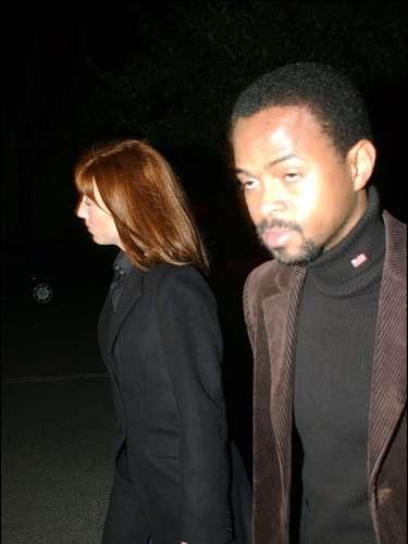 Sonsoles Suárez, con su marido, en el funeral por su hermana, Mariam fallecida el 7 de marzo de 2004.