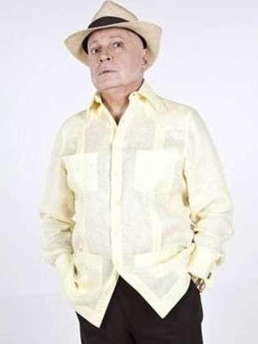 Gustavo Rodríguez. El actor venezolano de teatro, cine y televisión, murió la noche del miércoles 2 de abril a causa de cáncer del pulmón.Rodríguez se encontraba bajo cuidado médico desde el pasado 3 de enero, cuando dio a conocer su enfermedad.