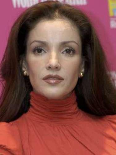Karla Álvarez luchó por su rehabilitación. Trístemente la actriz mexicana falleció en noviembre de 2013 a causa de un paro cardiorespiratorio, consecuencia de la bulimia y anorexia que padecía. Estos transtornos estuvieron acompañados por años de una fuerte adicción al alcohol; tal y como nformó su familia a la prensa luego de su deceso.